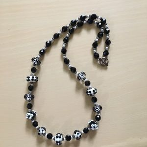 Gorgeous vintage black and white beaded necklace